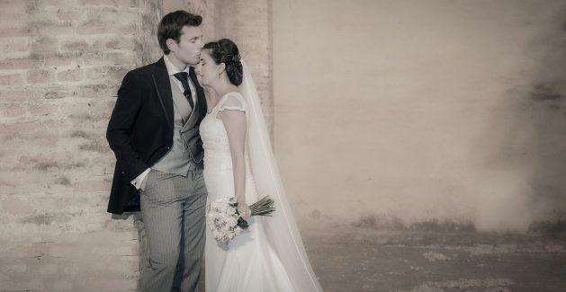 fotos de boda novios beso en la frente